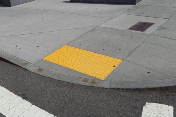 non skid apron yellow